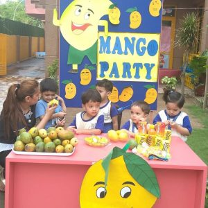 Mango_party_in_Jaipuria_little_one_-2